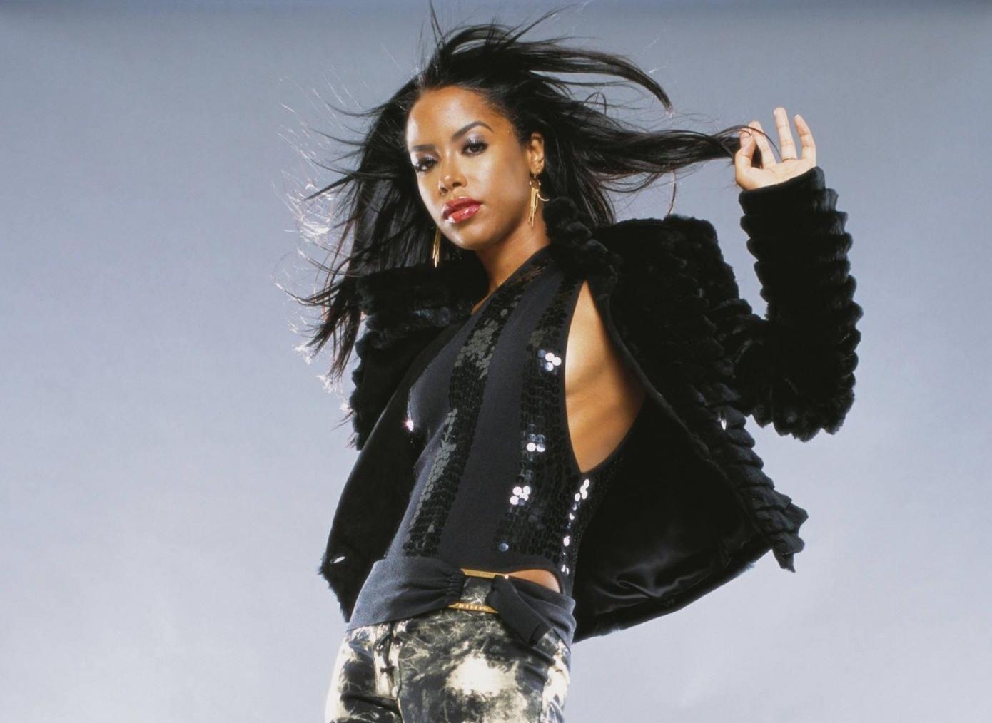 Foto de Aaliyah  número 14210