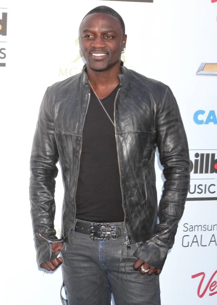 Foto de Akon  número 50369