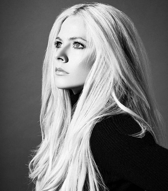 Foto de Avril Lavigne  número 88959