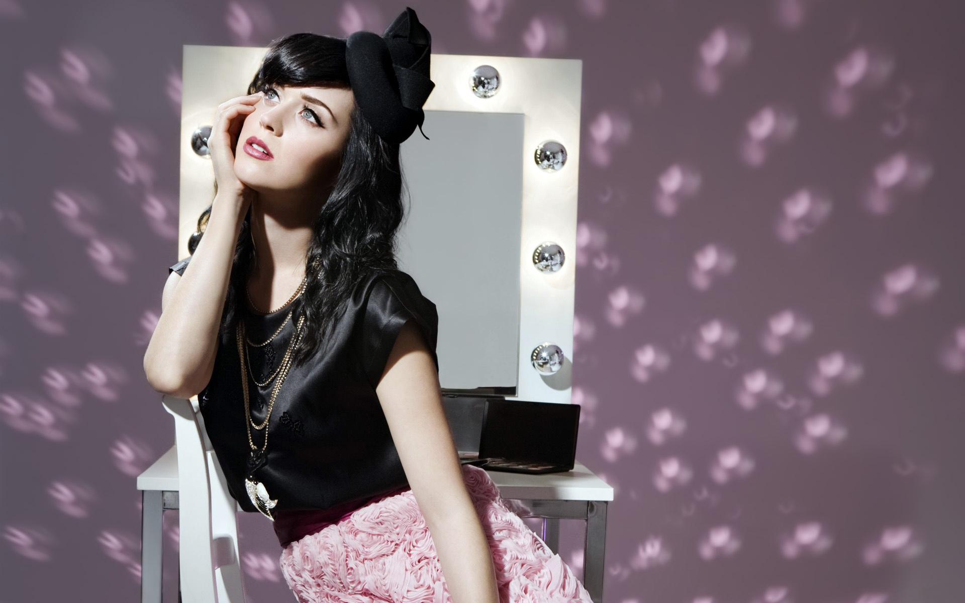 Foto de Katy Perry sensual y guapa número 21269