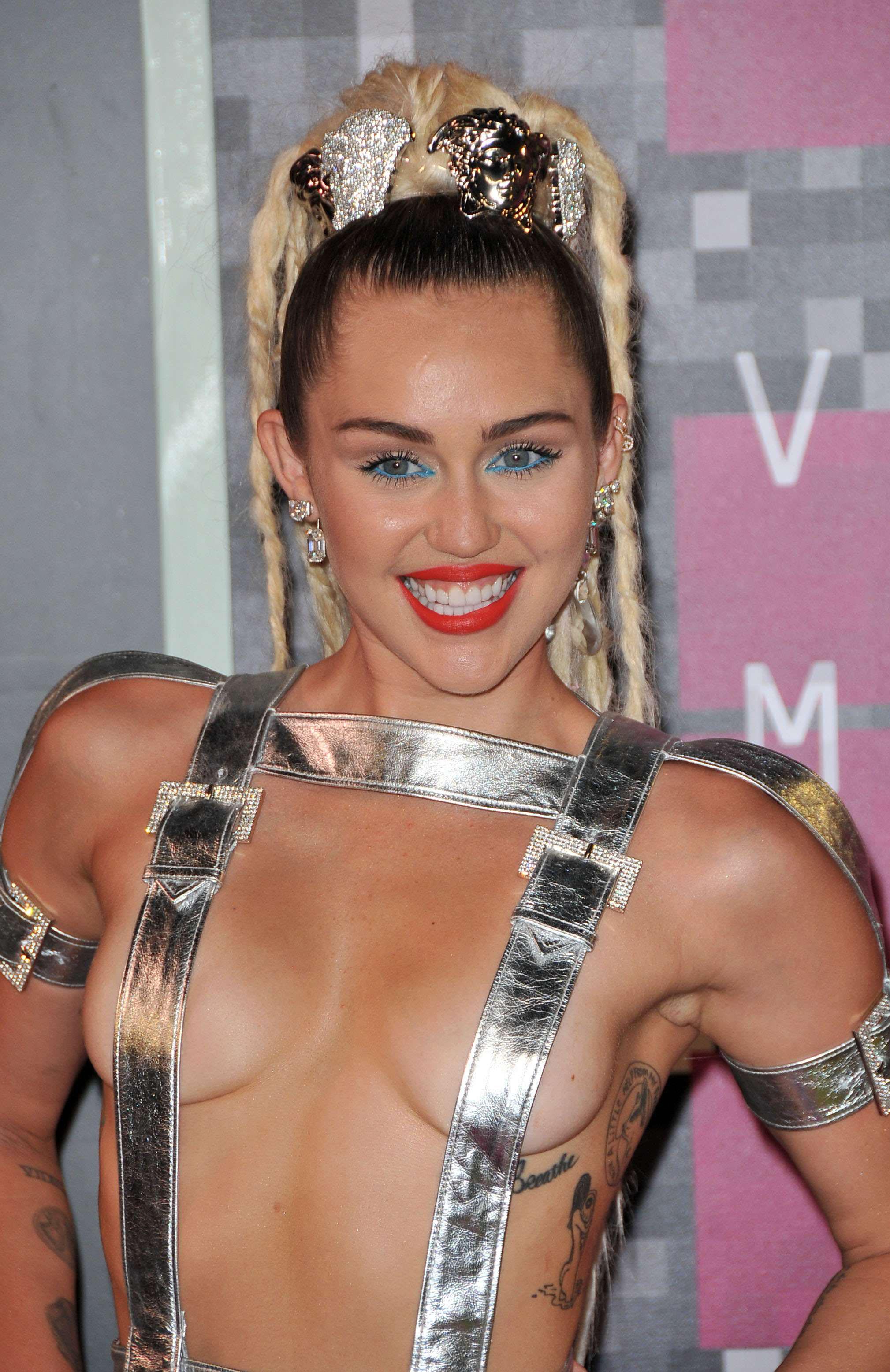 Foto de Miley Cyrus  número 82115