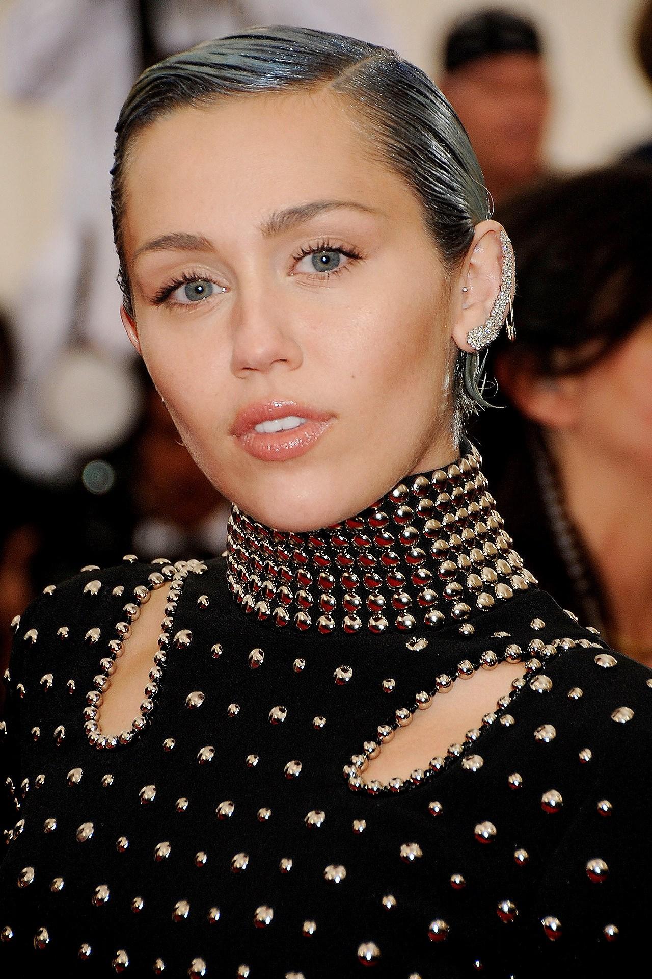 Foto de Miley Cyrus  número 82116