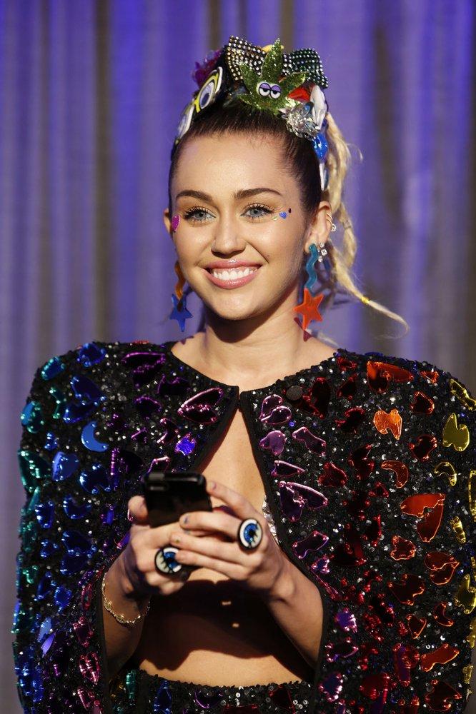 Foto de Miley Cyrus  número 85567