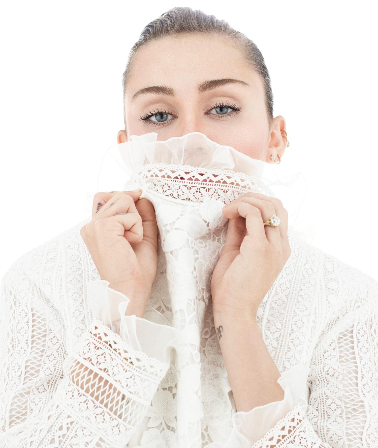 Foto de Miley Cyrus  número 86259