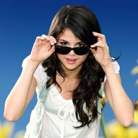Biografía de Selena Gomez & The Scene