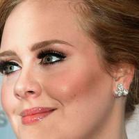 Adele ¿estrenará por sorpresa '25'?