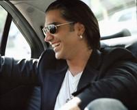 Alejandro Fernández celebra sus 15 años de carrera musical con un nuevo álbum