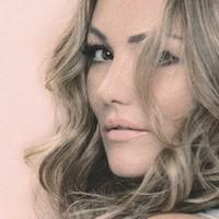 "Amaia Montero remix de ""donde estabas"""