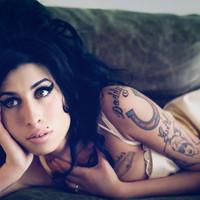 Amy Winehouse ofrece un concierto privado