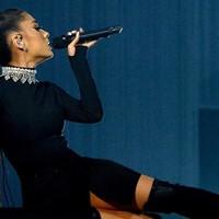 Ariana Grande prepara concierto benéfico en Manchester