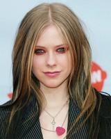 Avril Lavigne dejó esperando a sus fans una hora antes de iniciar un concierto
