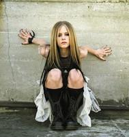 Avril Lavigne se casó