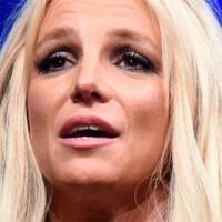 Britney Spears preocupa por su aspecto