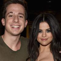 Charlie Puth en el video de 'How Long' hace un guiño a Selena Gómez