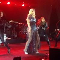 Christina Aguilera embarazada de una niña