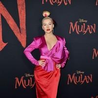 Christina Aguilera repite en Mulan con 'Loyal Brave True'