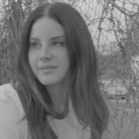 Escucha sin prisas lo nuevo de Lana del Rey 'Venice Bitch'