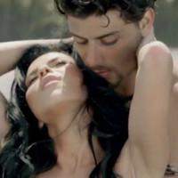 """Inna presenta su video """"caliente"""" junto al ex de Madonna"""