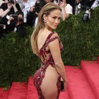 Jennifer López nombrada icono de la moda