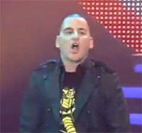 John Cobra insulta al público