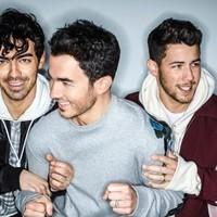 Jonas Brothers logran su primer #1 del Billboard con 'Sucker'