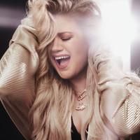 Kelly Clarkson estrena 'Broken & Beautiful' nuevo