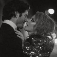 Kylie Minogue estrena su video de San Valentín 'Into the Blue'