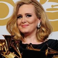Los Grammy lloran a Whitney Houston y aclaman a Adele
