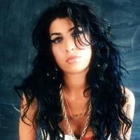 Muere Amy Winehouse