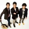 """Para Oasis los Jonas Brothers son una """"mierda"""""""