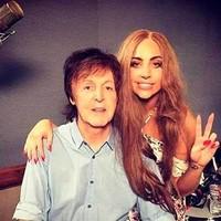 Paul McCartney y Lady Gaga en el estudio