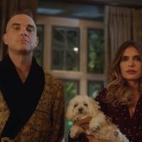 Robbie Williams 'Time For Change' su video navideño y familiar
