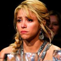 Shakira cancela gira europea por sangrado en las cuerdas vocales