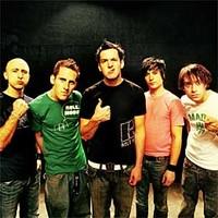 Simple Plan publicará un nuevo disco homónimo
