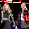 Taylor Swift comparte escenario con Niall Horan y Robbie Williams
