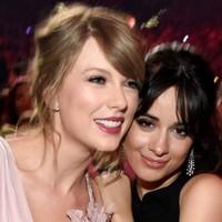 Taylor Swift y Camila Cabello conquistan los AMAs