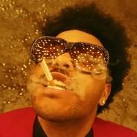 The Weeknd se coloca en Las Vegas en 'Heartless'