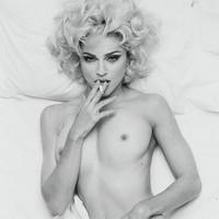 Una foto de Madonna desnuda sale a subasta